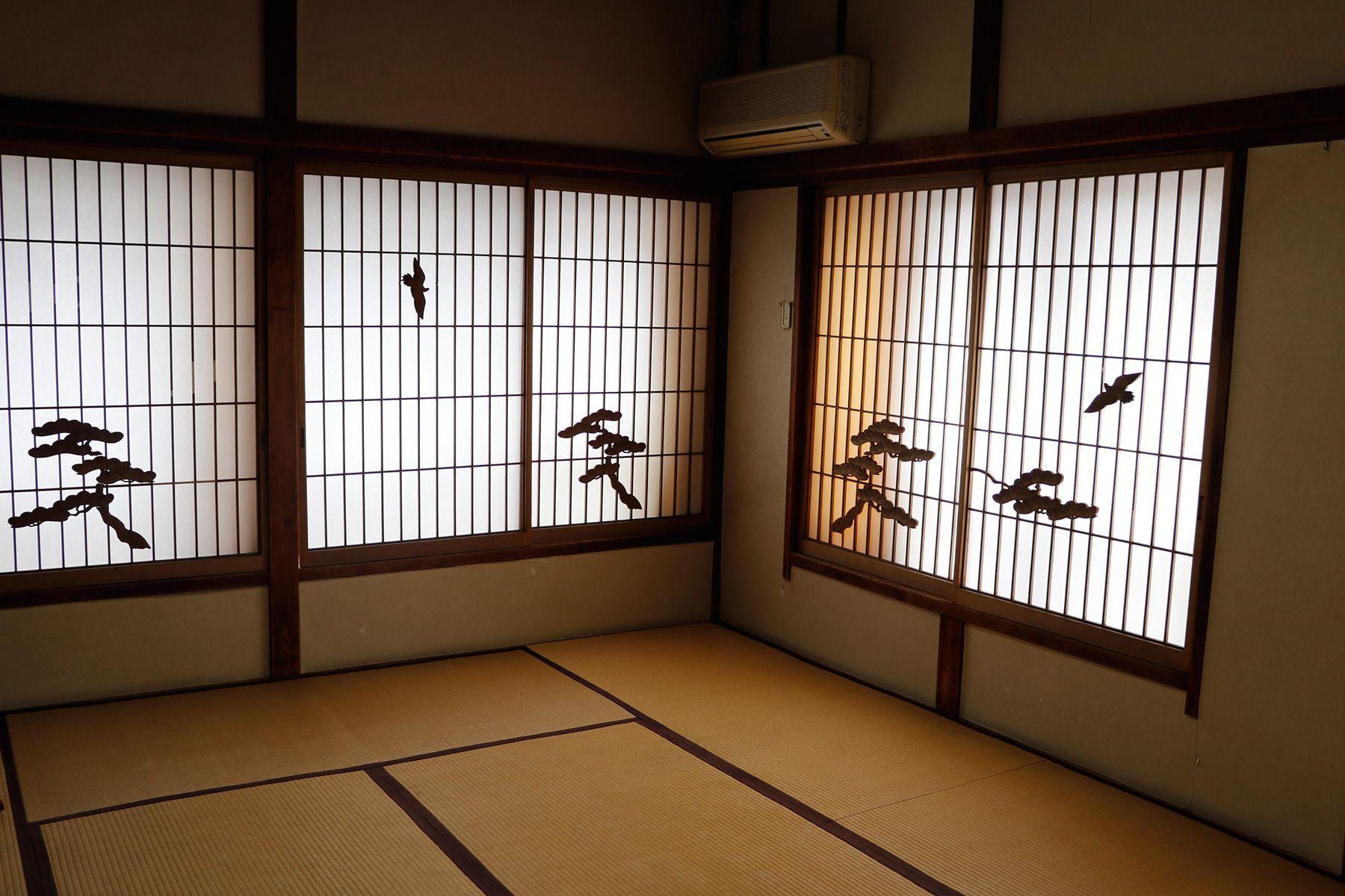 HOMEIKAN 森川別館/旅館 (ホウメイカン)朝日(10畳)窓は南と東2面