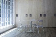 Studio TERRANOVA Bst  白ホリ+ハウススタジオ  (スタジオテラノヴァ):6枚のスライドドア / 西方角