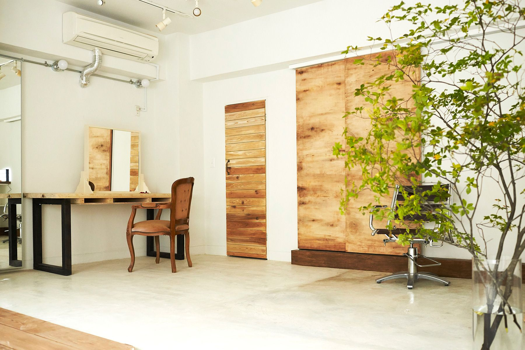 Studio & Rental Space  or (スタジオ オアー)メイクスペース