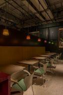 PAVILION(パビリオン)/店舗:横並びに座れるソファ