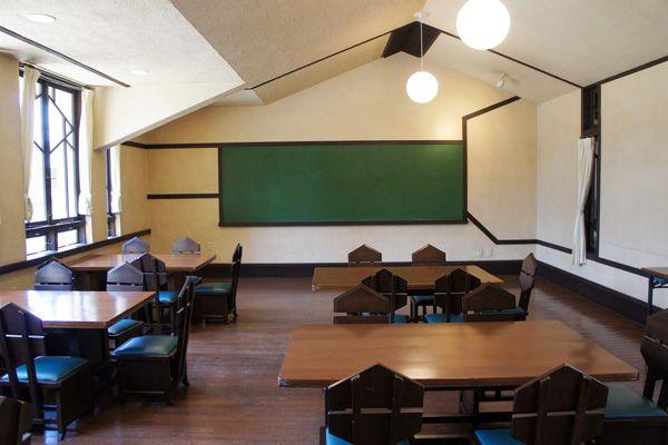 自由学園明日館(重要文化財)教室