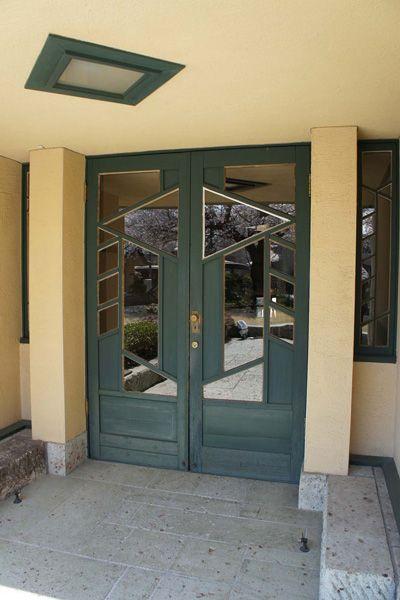 自由学園明日館(重要文化財)玄関