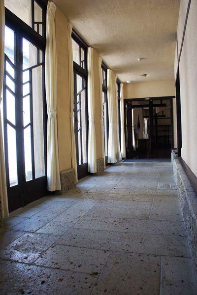 自由学園明日館(重要文化財)廊下