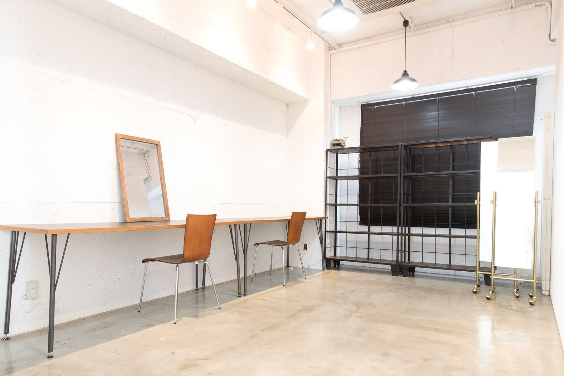 THREE STUDIO(スリースタジオ)個室メイクルーム