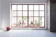 RE studio (アールイースタジオ):一日中明るい室内