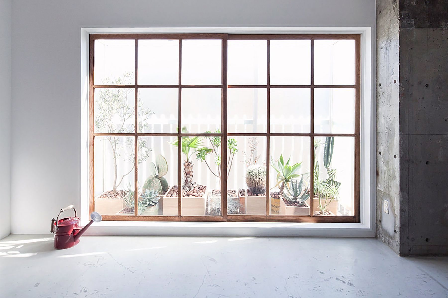 RE studio (アールイースタジオ)窓の方角:東