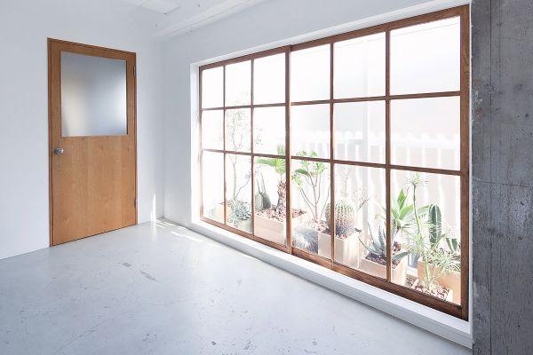 RE studio (アールイースタジオ)窓の方角:北