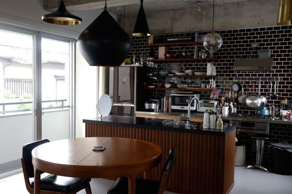 In the concrete/個人宅 (イン ザ コンクリート)2F キッチン・ダイニング