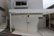 In the concrete/個人宅 (イン ザ コンクリート):駐車場利用可能な場合 1台
