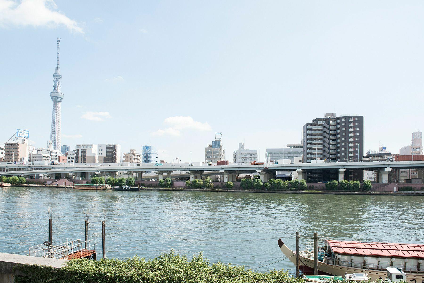 cobaco kitchen(コバコ キッチン)くるみ材の床