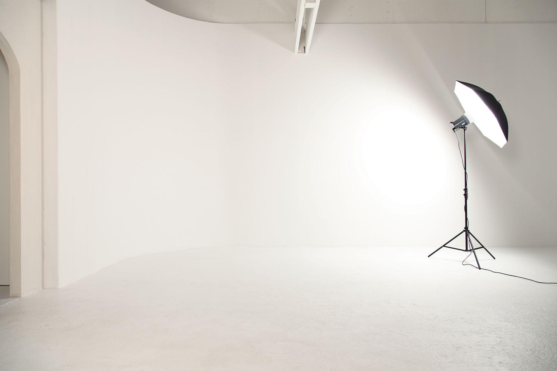 debolbe Studio&Warehouse (ディボルブ スタジオ)白ホリもあります