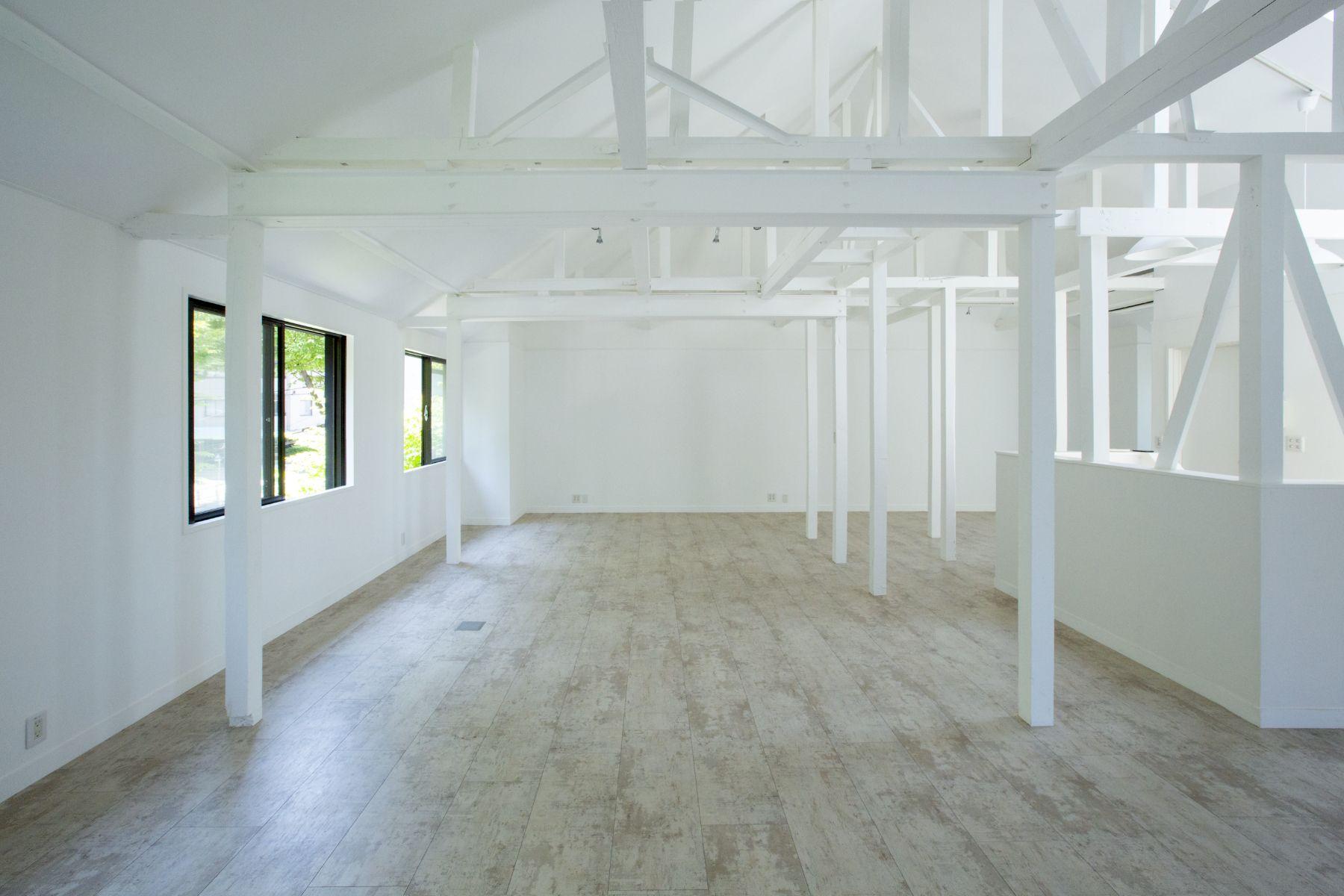 TERRANOVA House (Limited) テラノヴァハウス2F/白い壁方面 / 西方角
