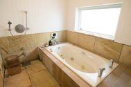 MOKU(モク 材木座):バスルーム(サウナあり)