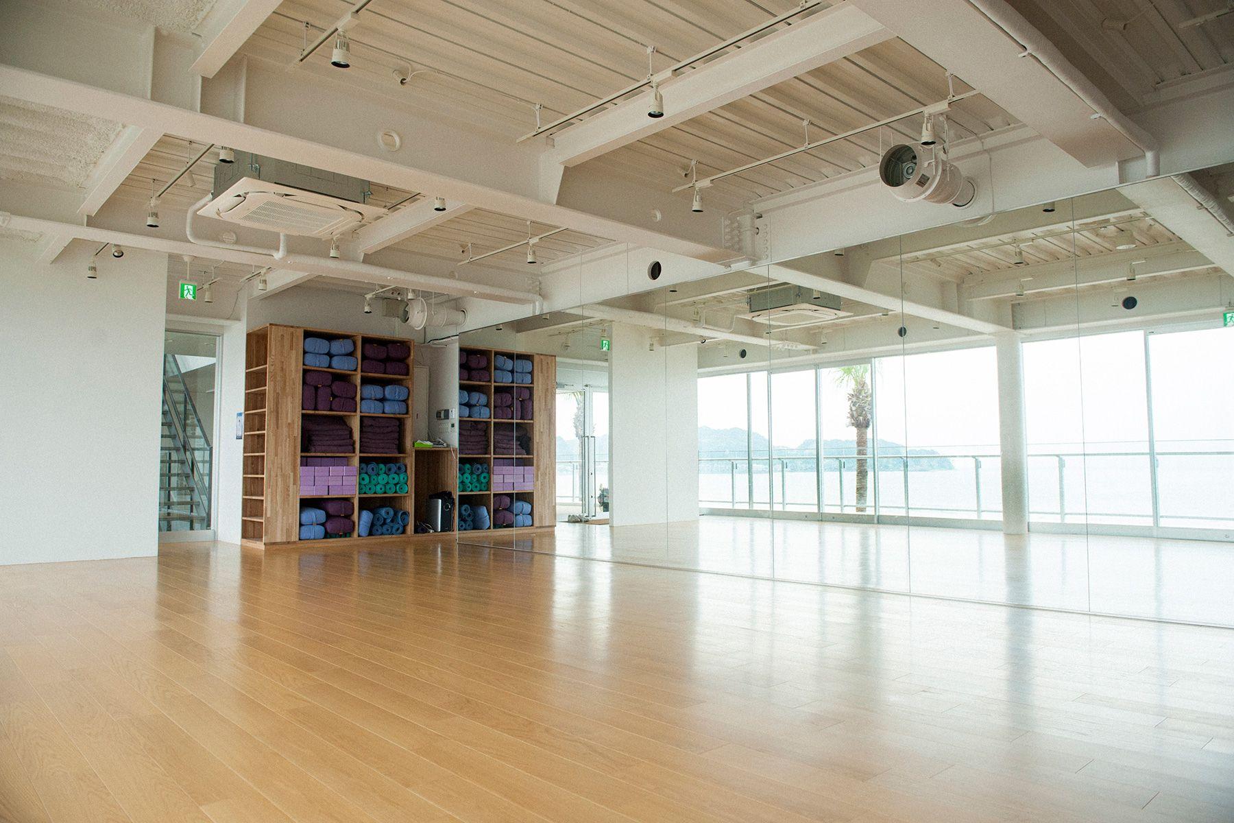 MOKU(モク 材木座)真隣施設の使用可能ヨガスタジオ