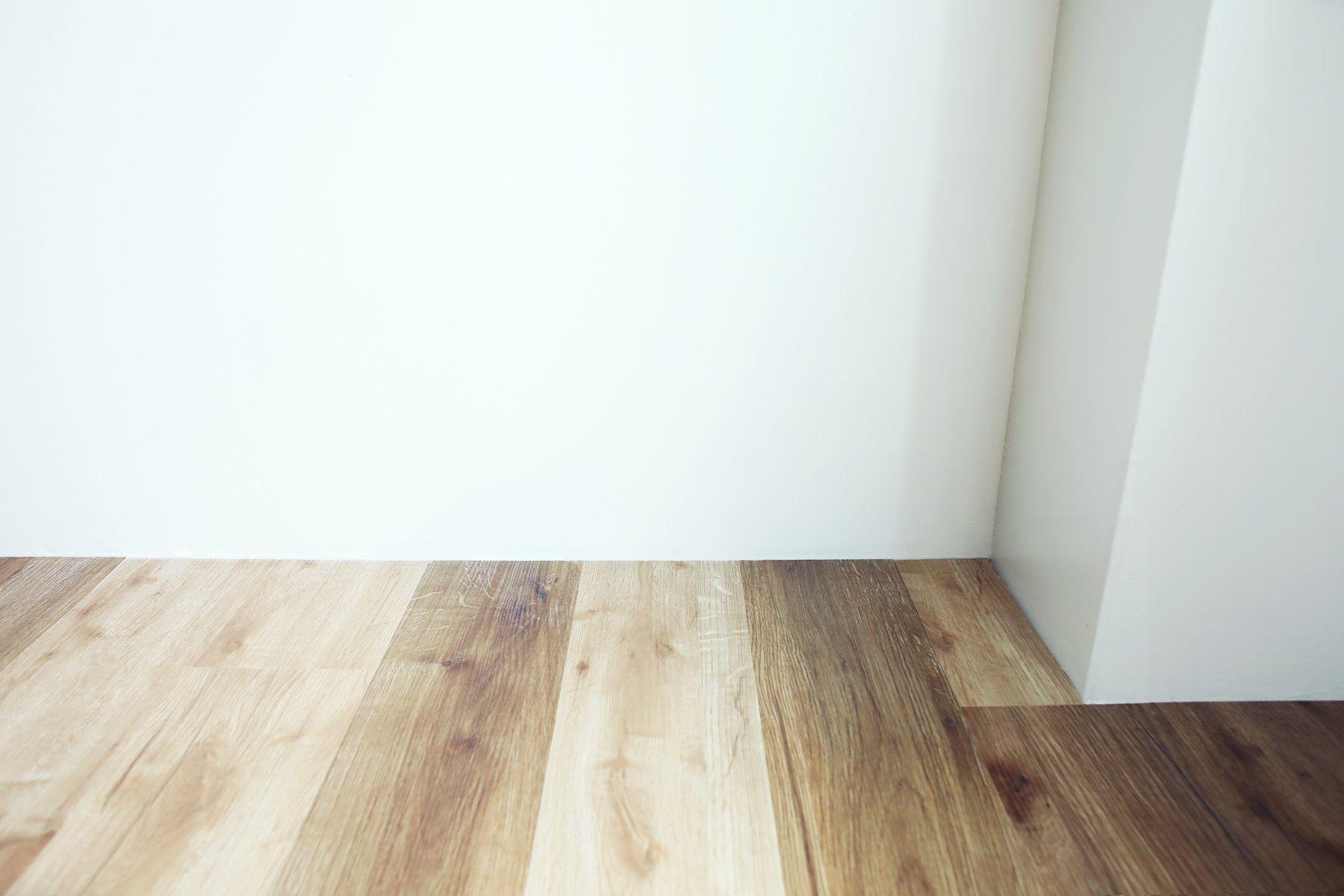 荻窪写真館スタジオ (オギクボシャシンカン)巾木がなく足元にライン入りません
