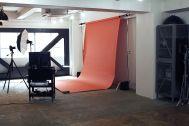 aA studio (エーエースタジオ) :ライティングが組める広さ