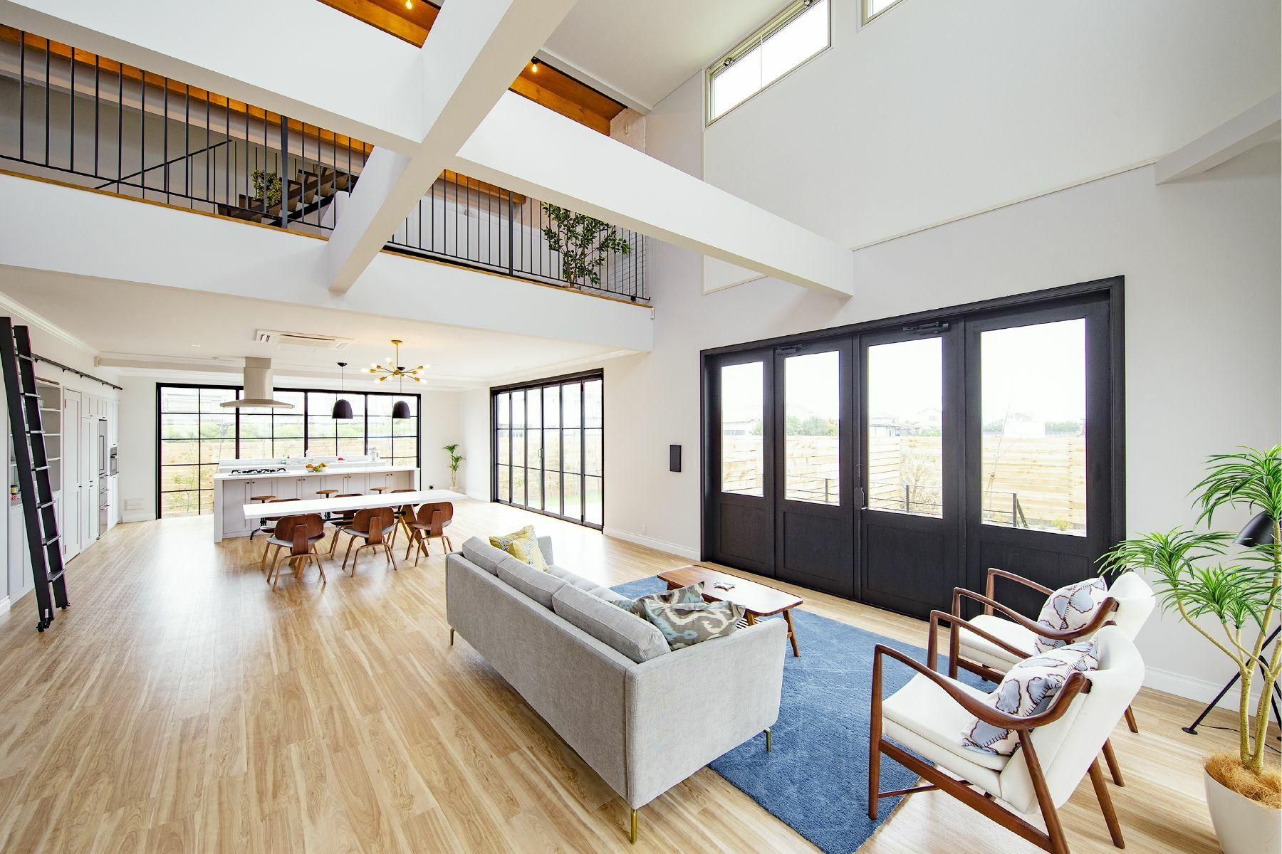 Studio One Kujyukuri Beach (スタジオ ワン クジュウクリ ビーチ)屋上から海を背景に撮影可能