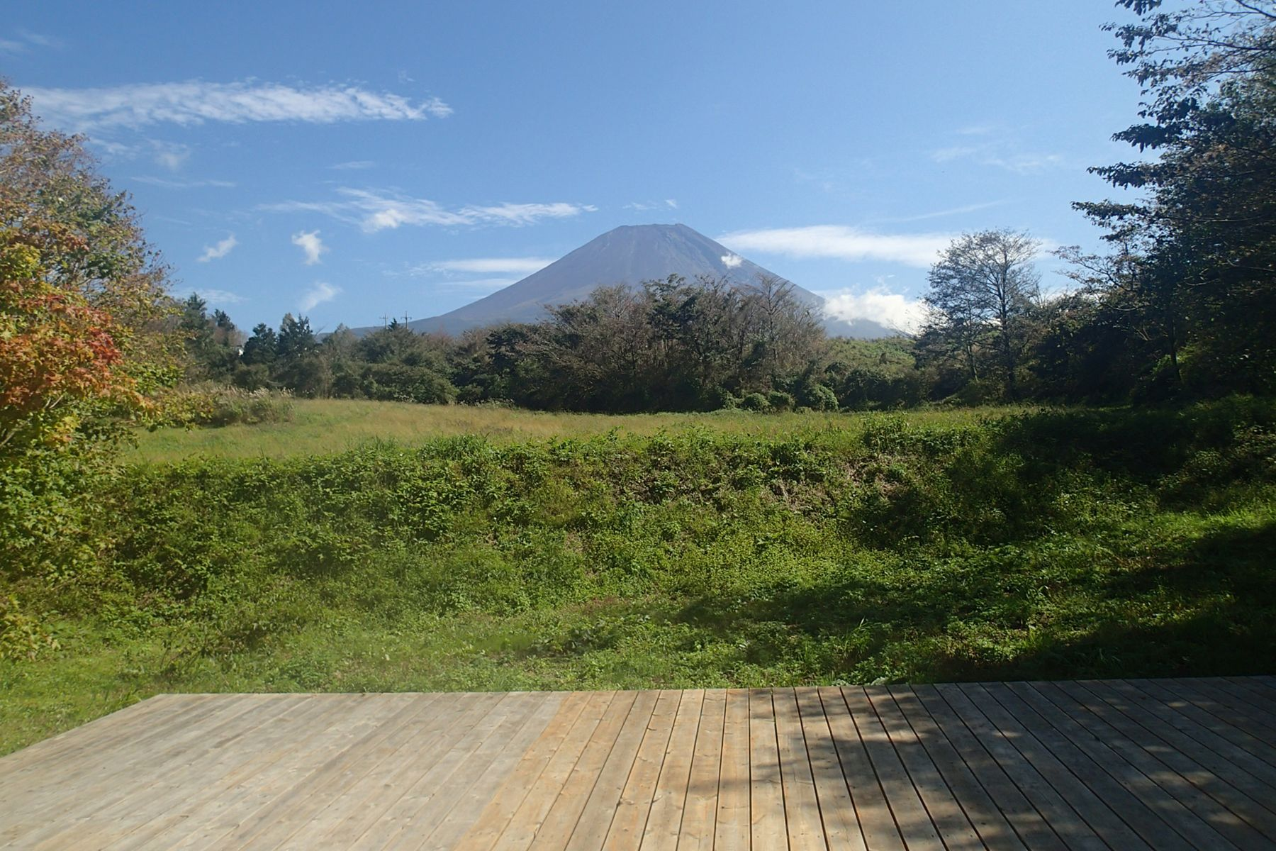 グリーンゲーブル富士ヶ嶺 (グリーンゲーブルフジガネ)ウッドデッキ 富士山