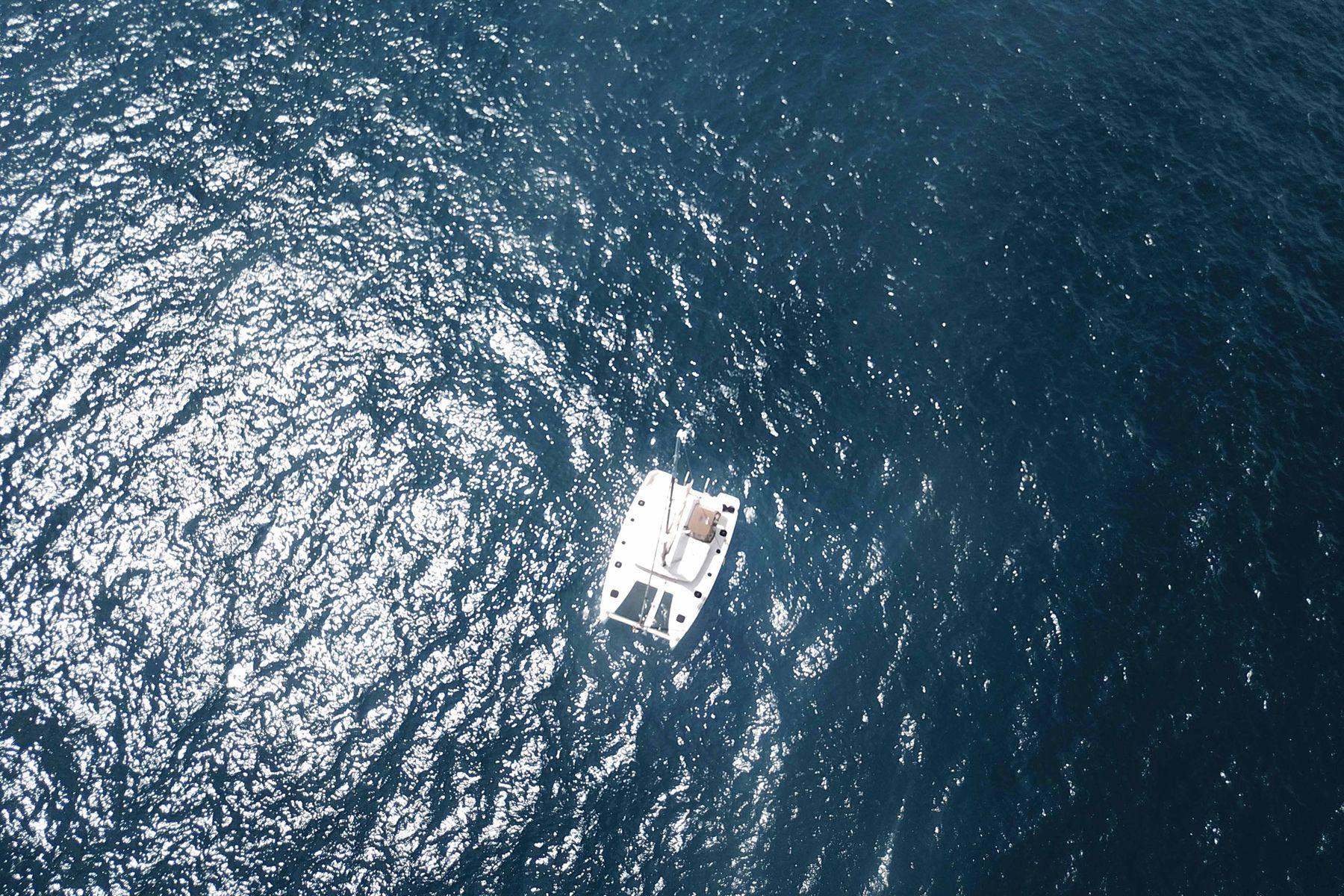 ダンダダ・フェニックス カタマランヨット・クルーザー航空からの写真(ドローン写真)