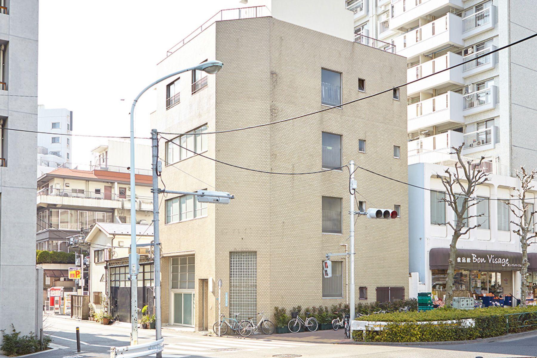 COSTA MESSA STUDIO 青葉台 (コスタメサスタジオ)スタジオ建物外観