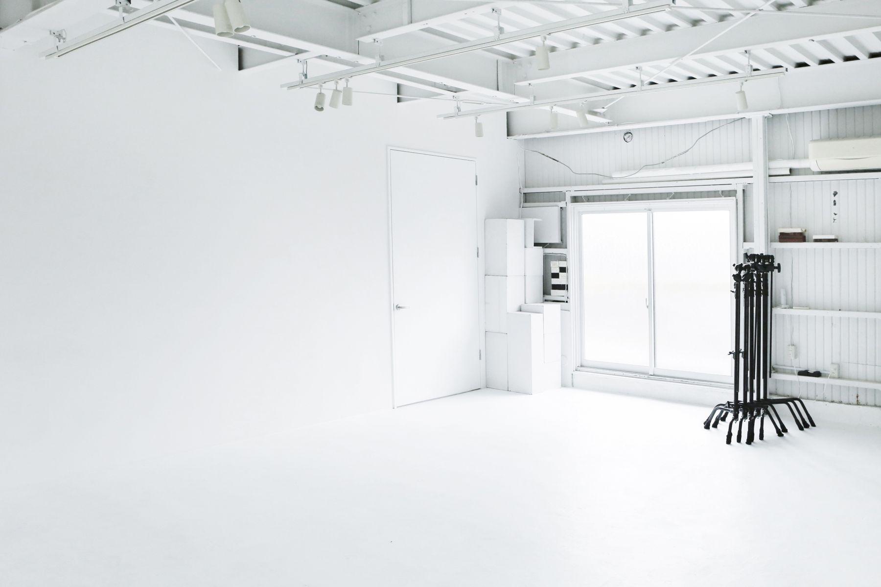 studio ConTRail (スタジオ コントレイル)たっぷりの自然光