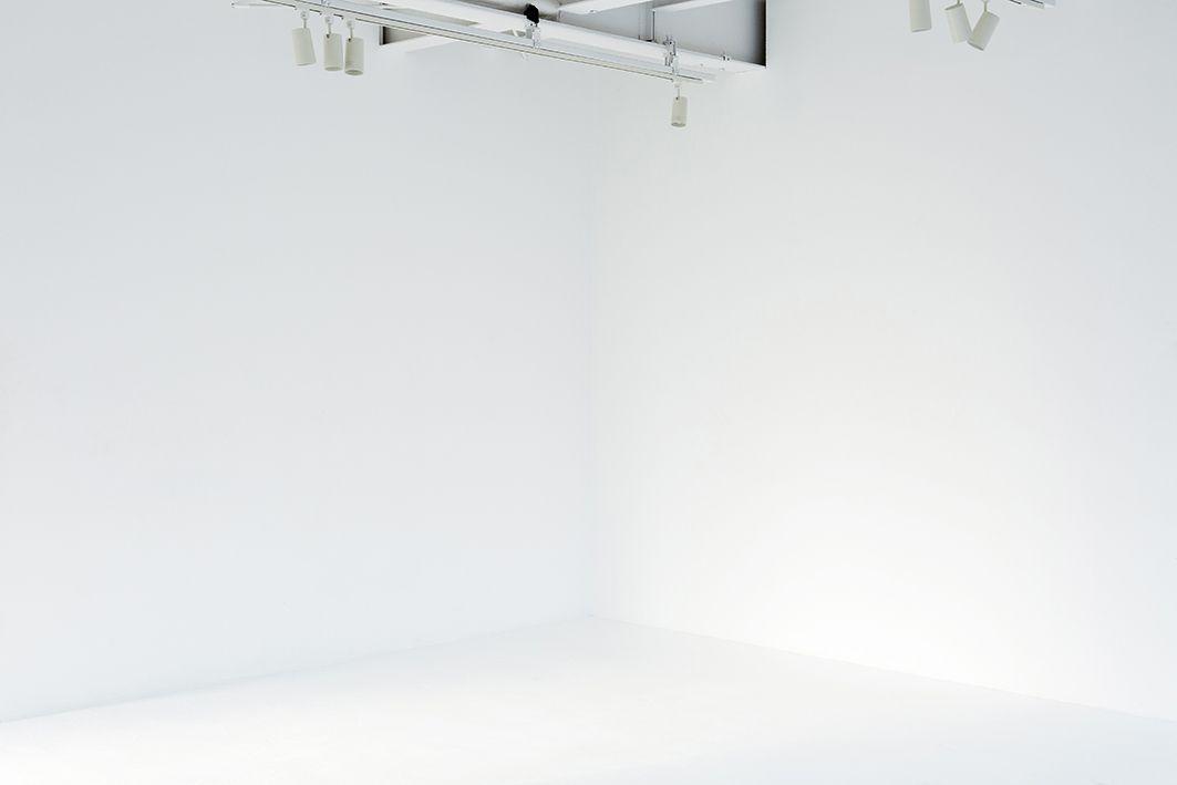 studio ConTRail (スタジオ コントレイル)天井高3.1mの白壁スタジオ