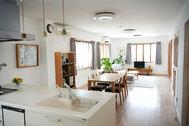 STUDIOFOGLIA HOME(3st):窓が多いダイニング