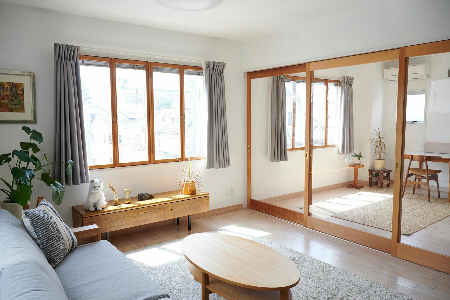 STUDIOFOGLIA HOME(3st)木枠の仕切り扉