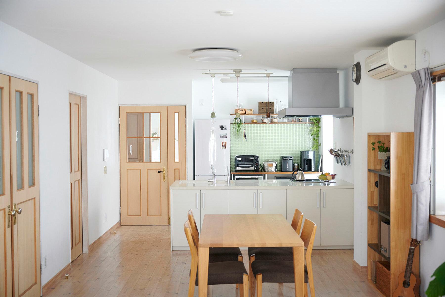 STUDIOFOGLIA HOME(3st)キッチンからのダイニング