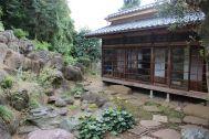 矢中の杜/旧矢中邸 国登録有形文化財 (やなかのもり):本館 縁側と庭園