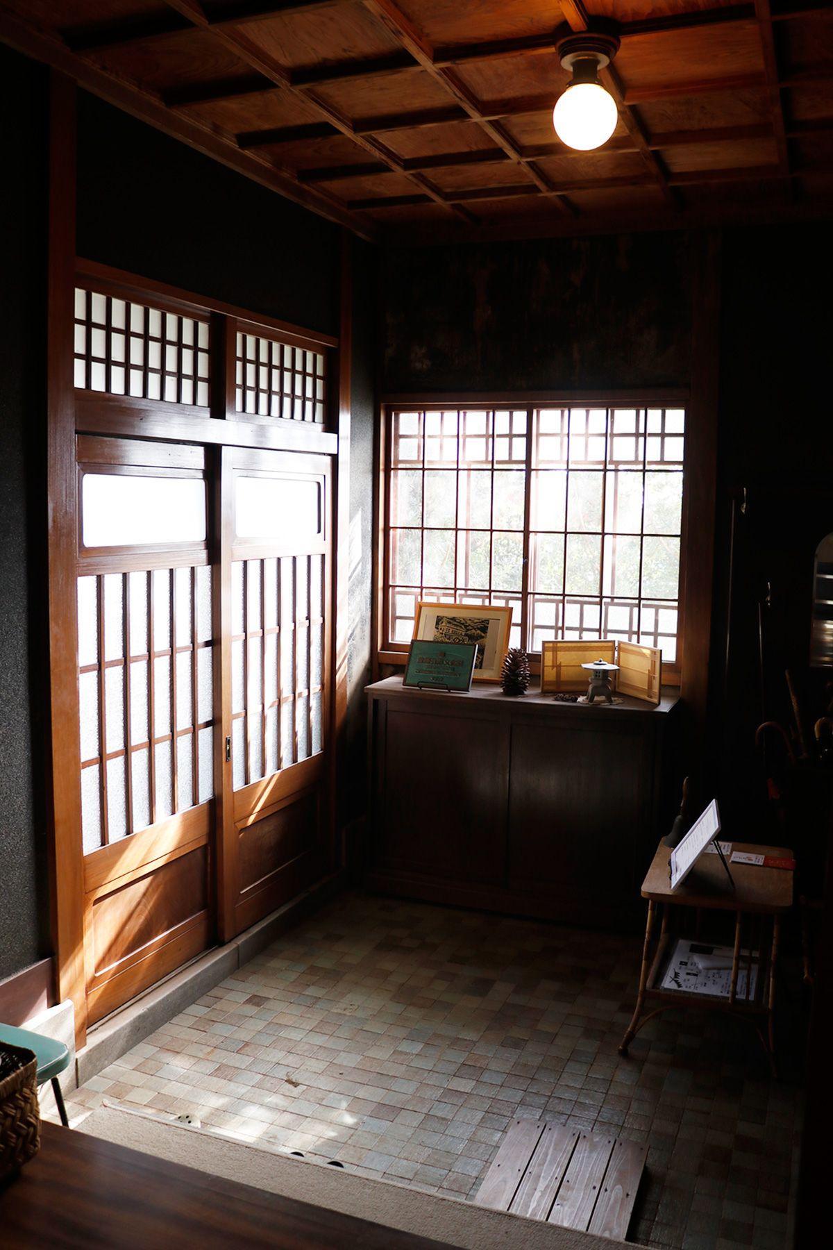 矢中の杜/旧矢中邸 国登録有形文化財 (やなかのもり)本館 玄関