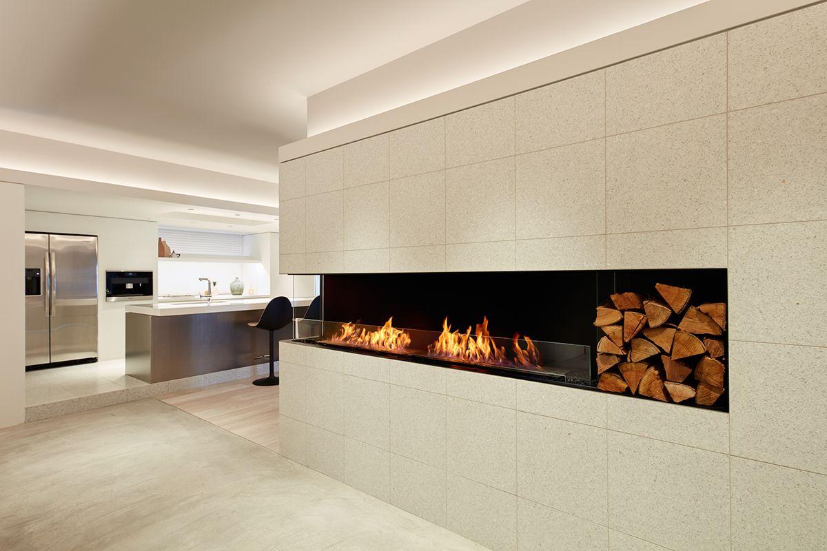 エコスマートファイヤー 大阪ショールーム暖炉のある空間演出も可能