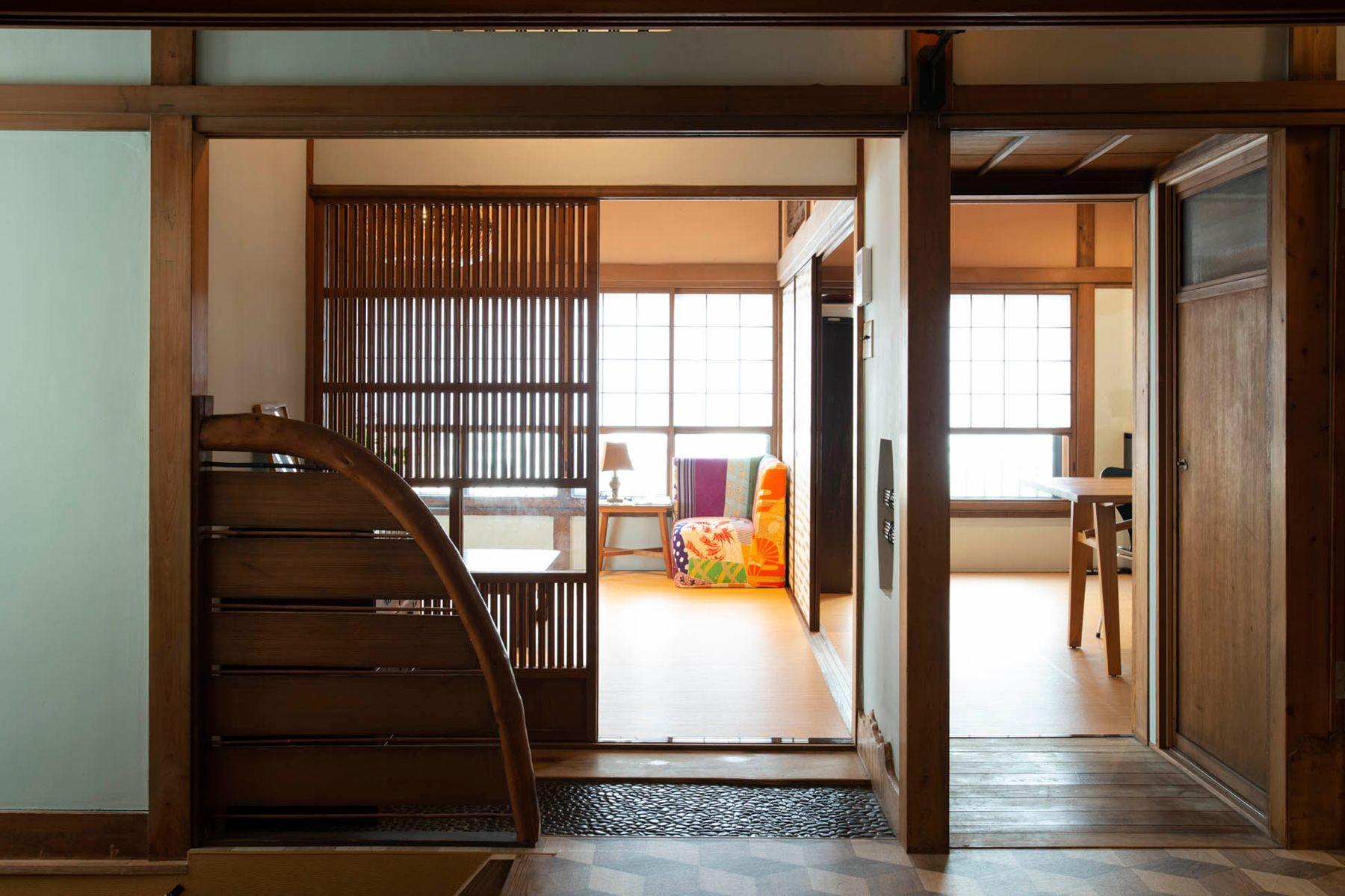 江戸端会議室 (エドバタカイギシツ)和室(8畳) から廊下側