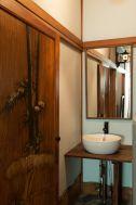 江戸端会議室 (エドバタカイギシツ):金箔の襖紙