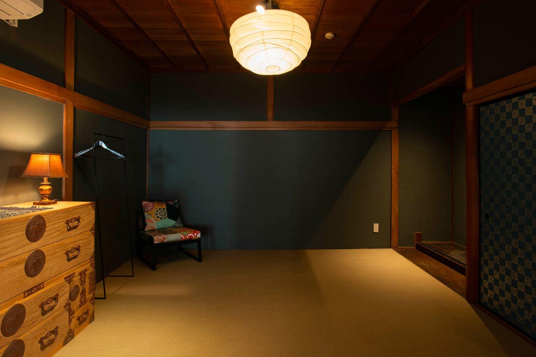 江戸端会議室 (エドバタカイギシツ)和室(8畳)机を外した状態