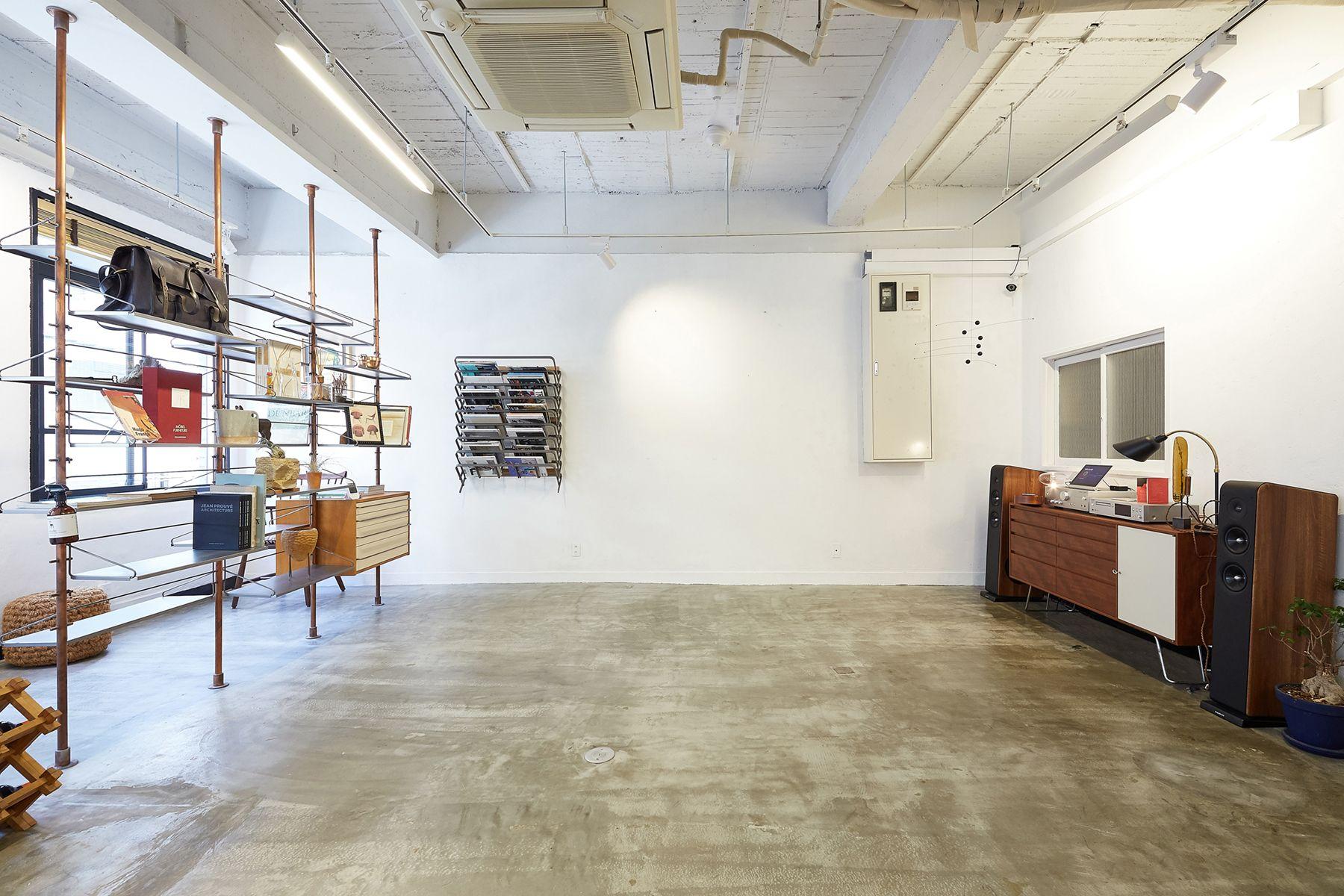 MAKE AND SEE/show room (メイクアンドシー)家具を外した状態