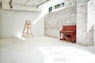 WHITE BALANCE (ホワイトバランス):白壁 横幅5.2m