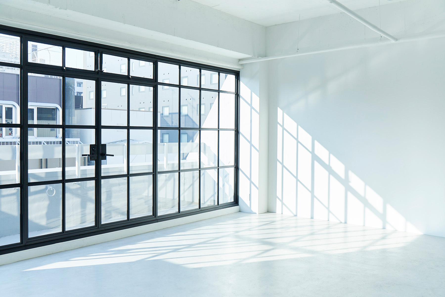 AtelierSix Studio&Prop (アトリエシックス)壁は左右光で選べる