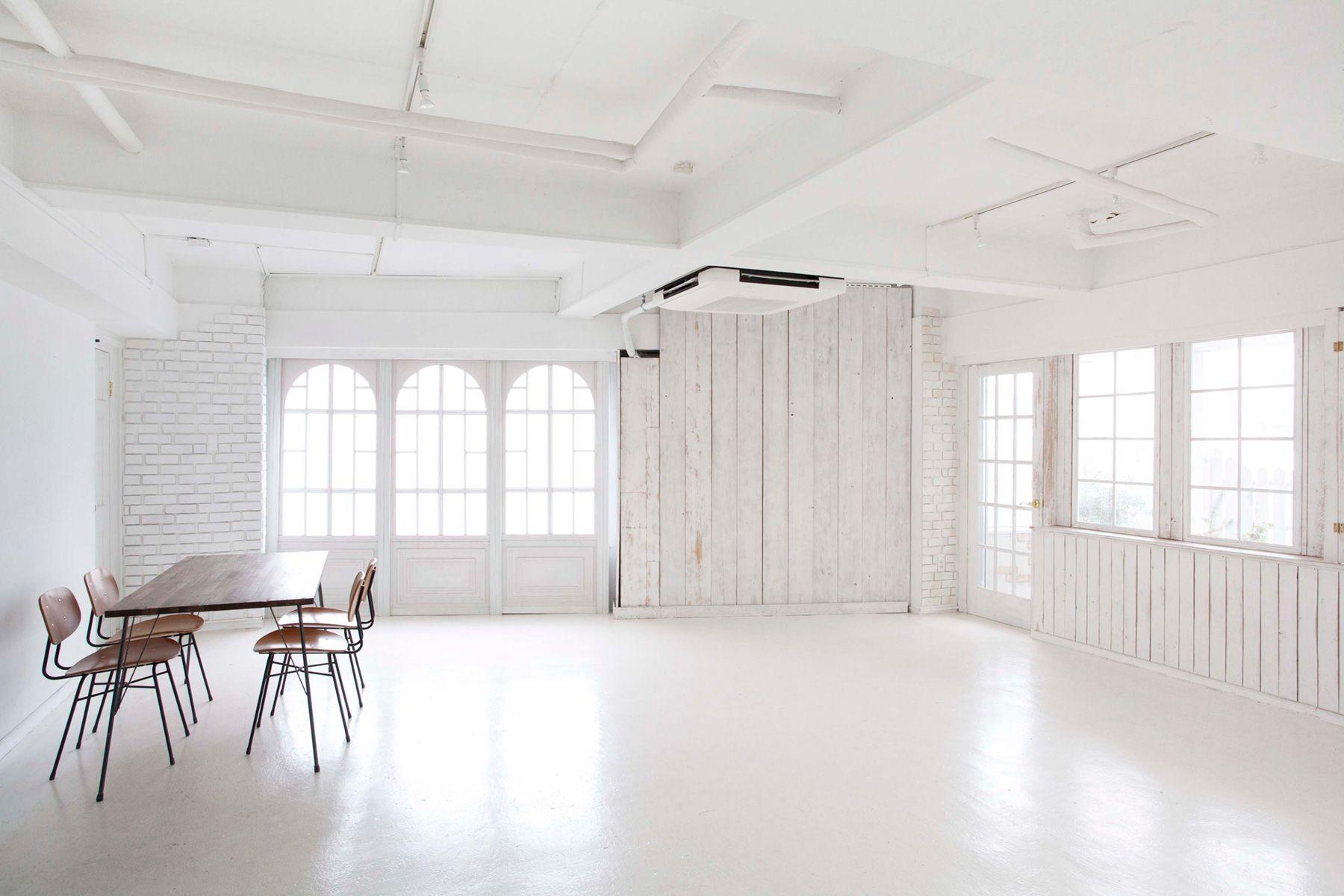 studio Mired (スタジオ ミレッド)3面採光