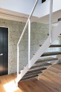 LDK-standard  (エルディーケースタンダード):3階への階段