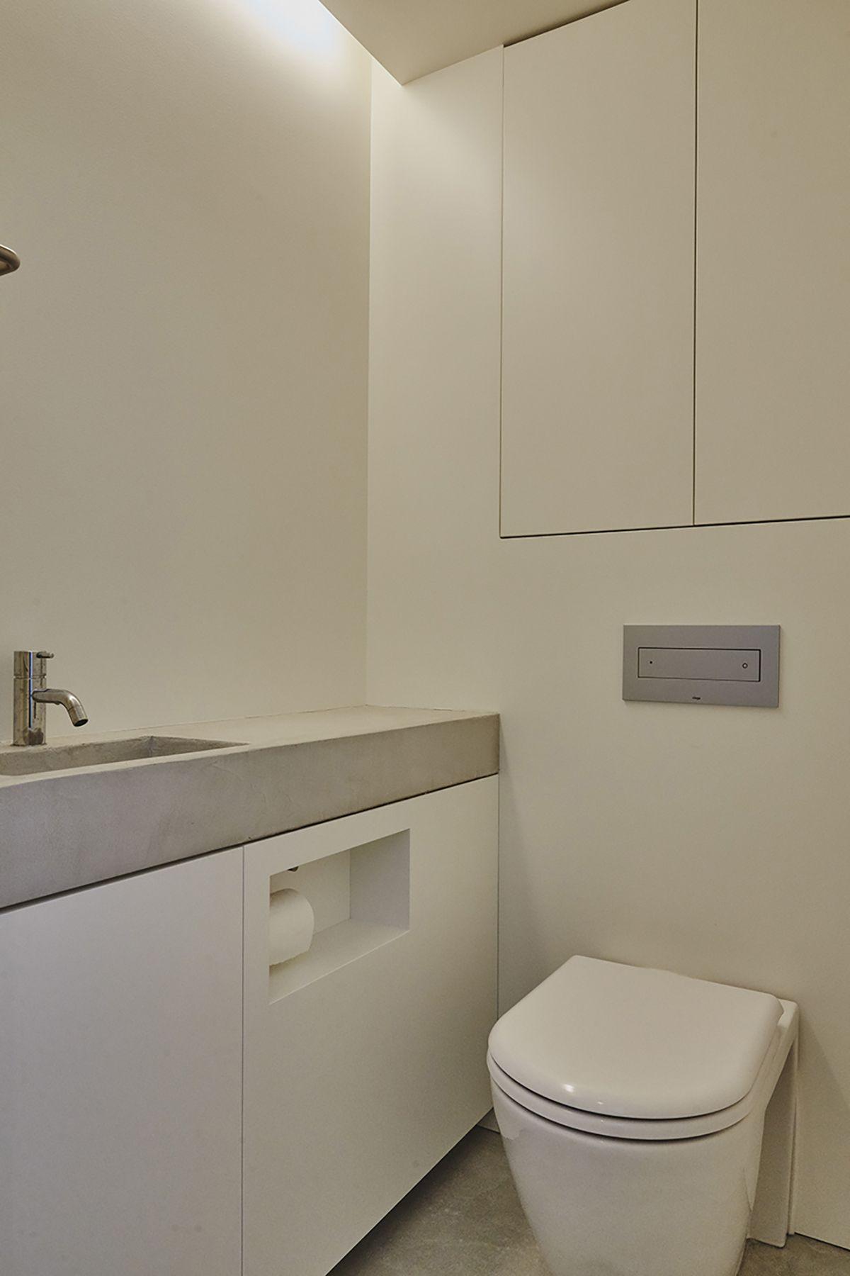 桜新町の家/個人宅 (サクラシンマチノイエ)1F トイレ