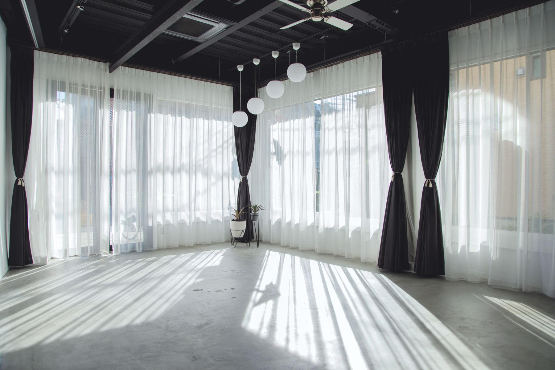 PYG gallery/ ピーワイジーギャラリー (Pygmy Company)階段