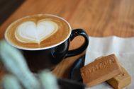 KAIDO books&coffee (カイドブックスアンドコーヒー):小道具として、ドリンクの提供可