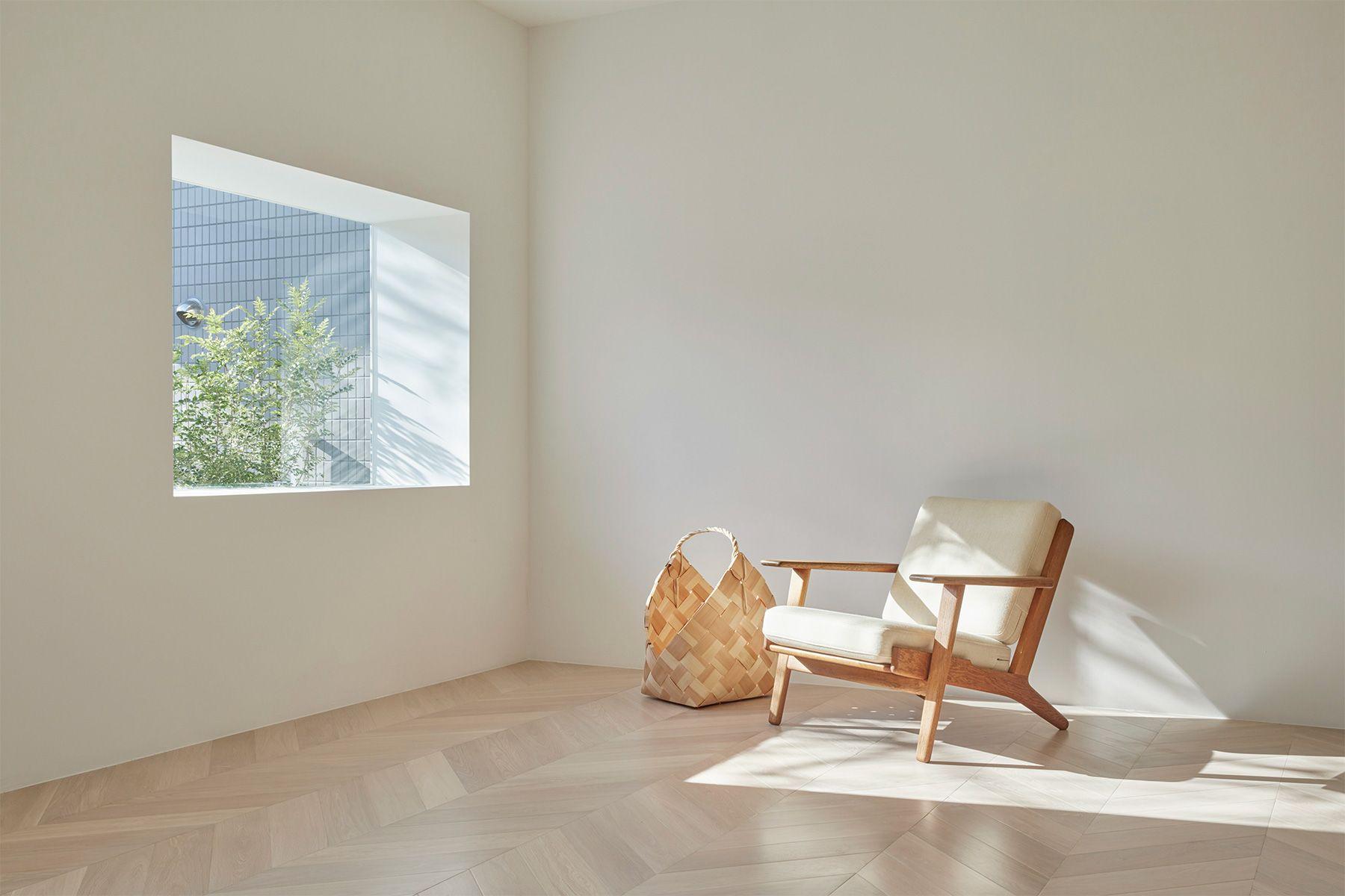 Haku Studio / THE HOUSE (ハクスタジオ)明るい空間の2階