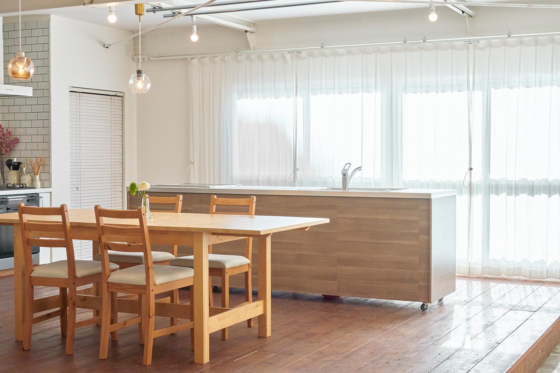ACCA STUDIO (アッカスタジオ)3F/Cst 可動式のキッチン