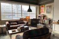 旧海岸第四スタジオ:シャープな窓枠