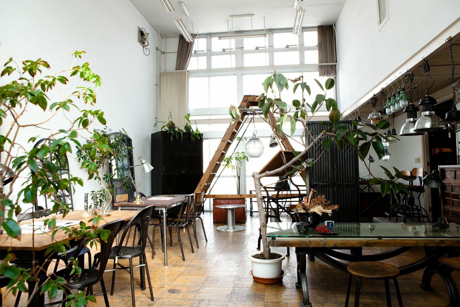 世田谷Atelier(アトリエ)-Studio Licorneマネージメントスペース-家具展示スペース-2