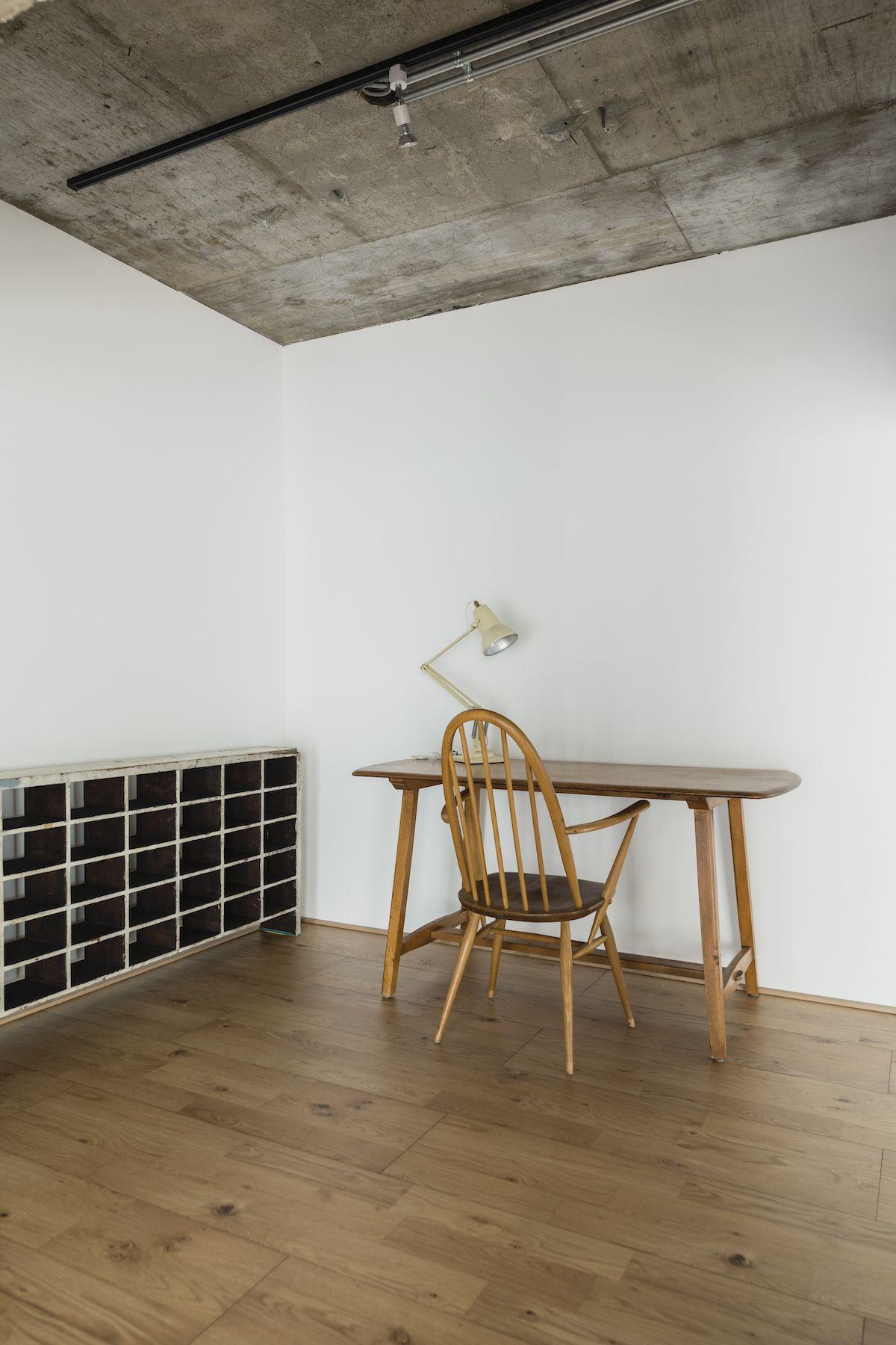Studio YOKOSHIRO  (スタジオ ヨコシロ)ヴィンテージ家具
