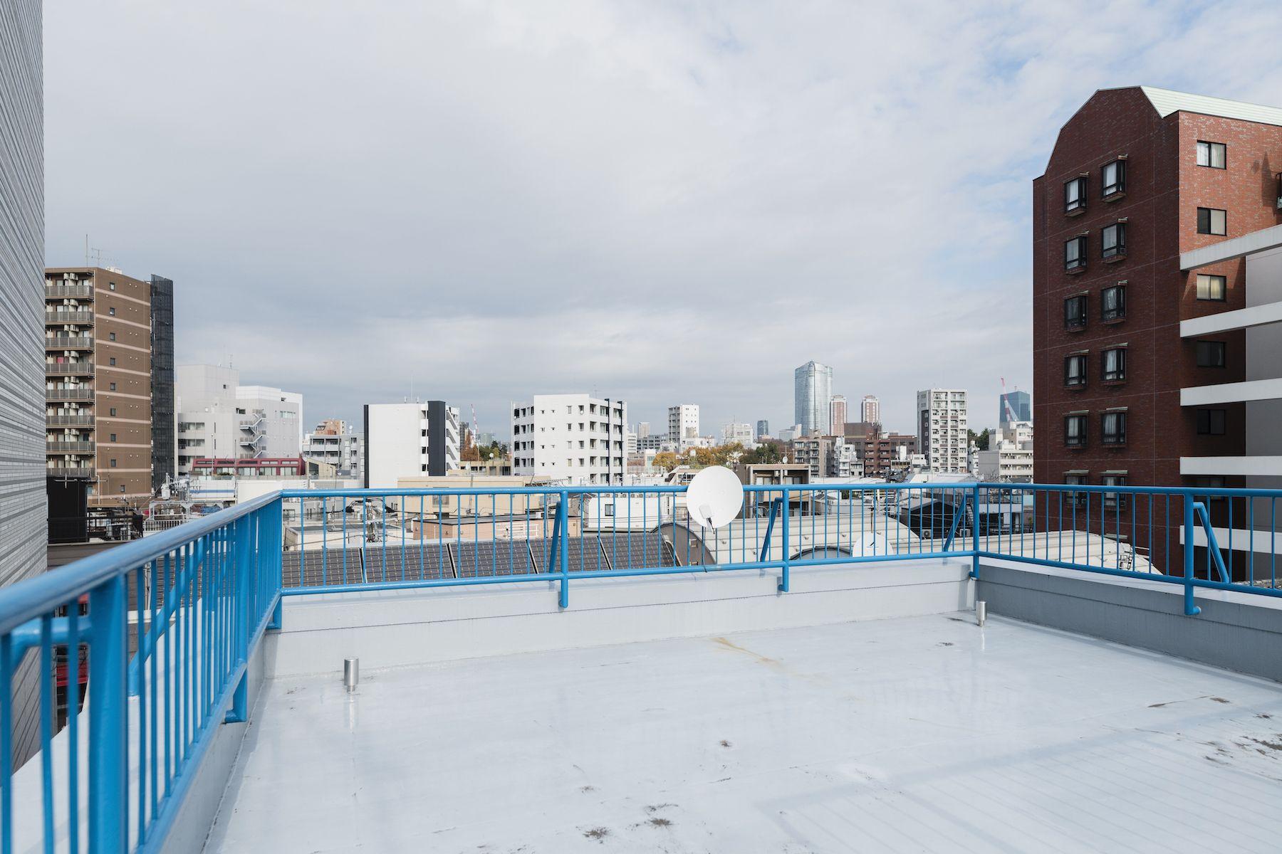 Studio YOKOSHIRO  (スタジオ ヨコシロ)屋上