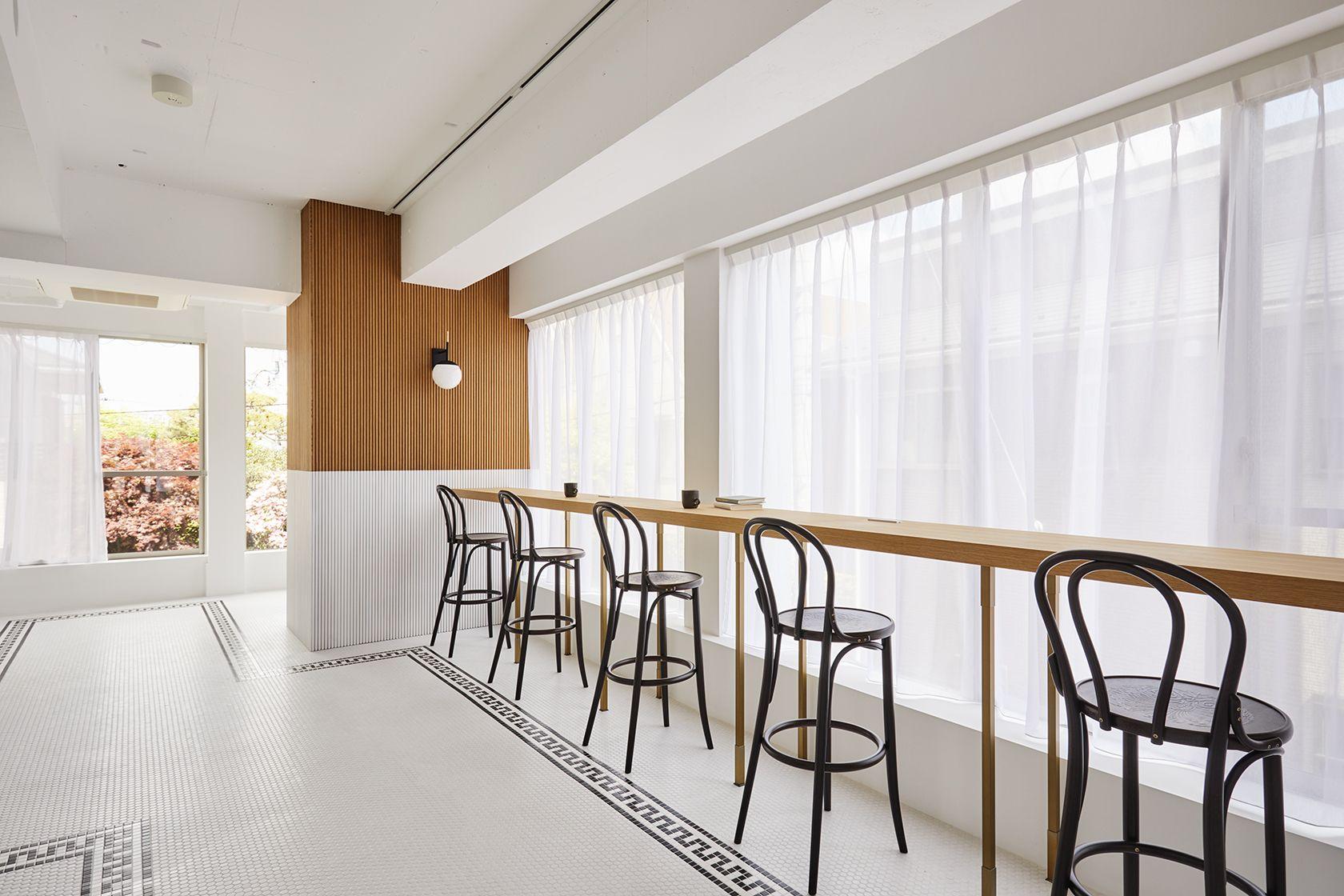 Haku Studio / WCAFE